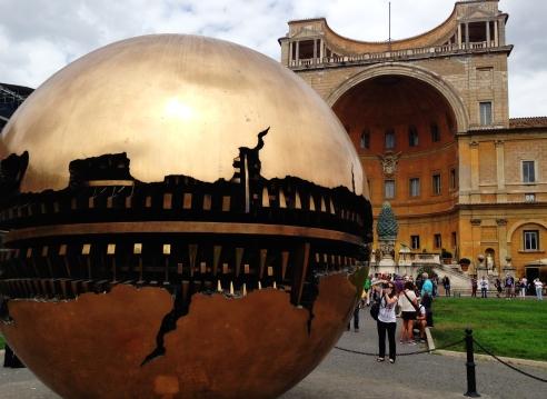 The pinecone of the Vatican gardens and Arnaldo Pomodoro's bronze sculpture